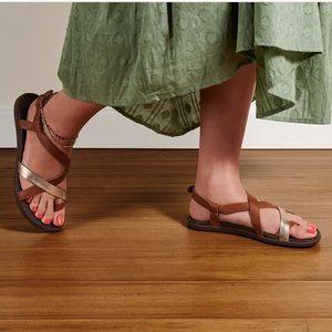 OLUKAI🍁🍂Upena Tan sandals sz 9.5